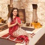 Swamini de Bhakti yoga y sanadora en el Templo y Ashram Jahnava Mandir.